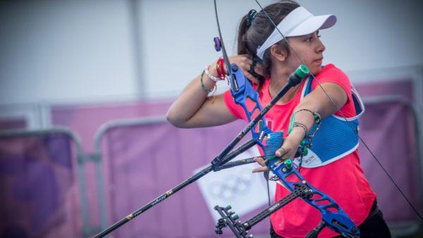 Valentina Vázquez tiro con arco